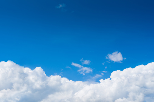 Cumulus Cloud「Blue sky with dramatic white clouds below」:スマホ壁紙(12)