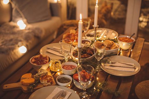 Wineglass「Cozy winter dinner」:スマホ壁紙(2)