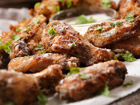 Chicken Wing「Air Fried, Crispy Chicken Wings with Ranch Dip」:スマホ壁紙(2)