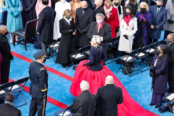National Anthem「Joe Biden Sworn In As 46th President Of The United States At U.S. Capitol Inauguration Ceremony」:写真・画像(15)[壁紙.com]