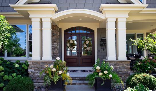 Bungalow「Suburban House (Front Door)」:スマホ壁紙(16)