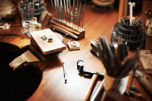 Tweezers「Goldsmith's workbench」:スマホ壁紙(15)