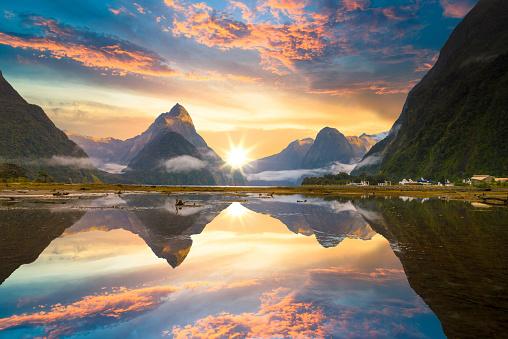 Fiordland National Park「The Milford Sound fiord. Fiordland national park, New Zealand」:スマホ壁紙(1)