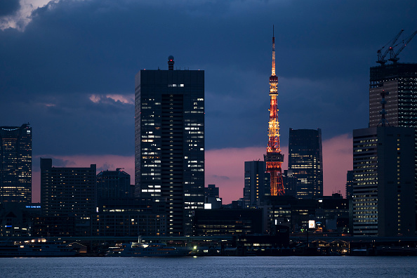 Tokyo Tower「Japan Prepares To Declare A State Of Emergency To Contain The Coronavirus Pandemic」:写真・画像(19)[壁紙.com]