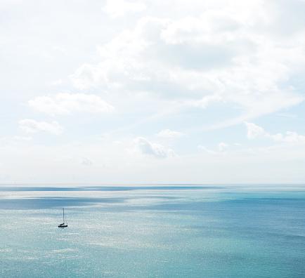 Aquatic Sport「Boat on the sea off the coast of Devon」:スマホ壁紙(10)
