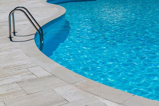 Poolside「Empty swimming pool」:スマホ壁紙(2)