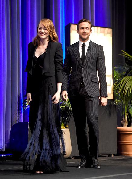 Santa Barbara International Film Festival「The 32nd Santa Barbara International Film Festival - Outstanding Performers: Ryan Gosling and Emma Stone Presented by Belvedere」:写真・画像(10)[壁紙.com]