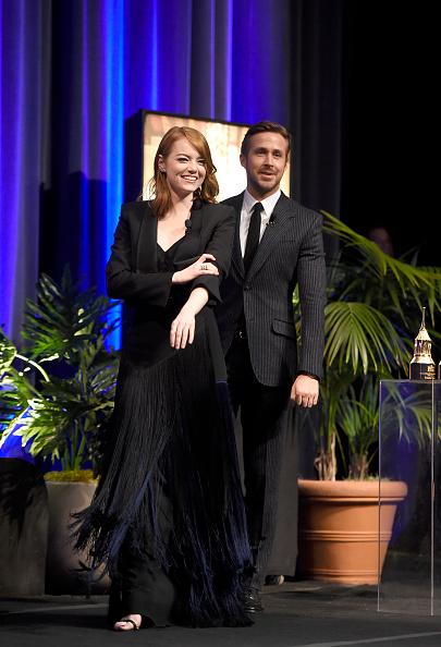 Santa Barbara International Film Festival「The 32nd Santa Barbara International Film Festival - Outstanding Performers: Ryan Gosling and Emma Stone Presented by Belvedere」:写真・画像(16)[壁紙.com]