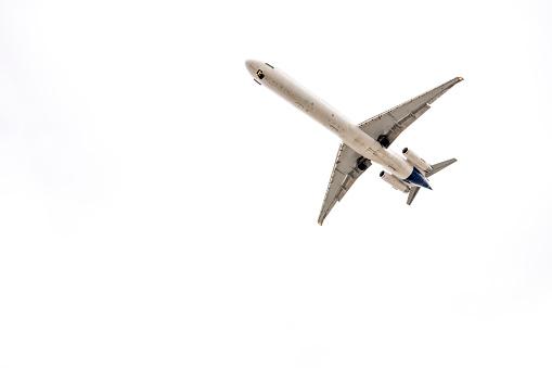 Approaching「USA, landing aeroplane」:スマホ壁紙(11)
