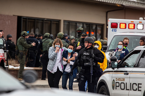 Gunman「Gunman Opens Fires At Grocery Store In Boulder, Colorado」:写真・画像(1)[壁紙.com]