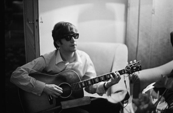 1960-1969「Lennon In Paris」:写真・画像(10)[壁紙.com]
