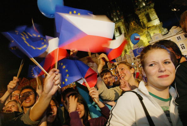 Growth「Czech Celebrate Membership In The European Union」:写真・画像(12)[壁紙.com]