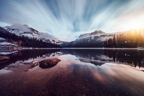 British Columbia「Scenic view of mountains at Emerald Lake」:スマホ壁紙(6)