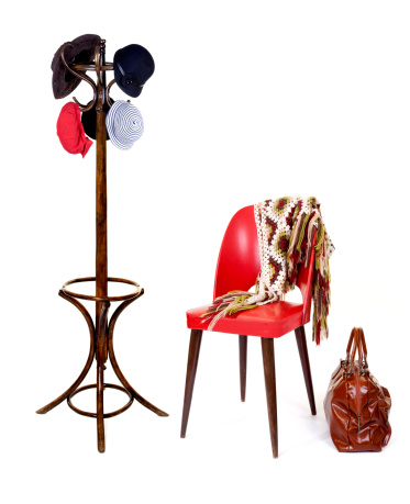 Hat「knit shawl on red chair with luggage and coat rack」:スマホ壁紙(14)