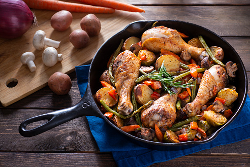 Southern Food「Skillet Chicken And Vegetables」:スマホ壁紙(17)