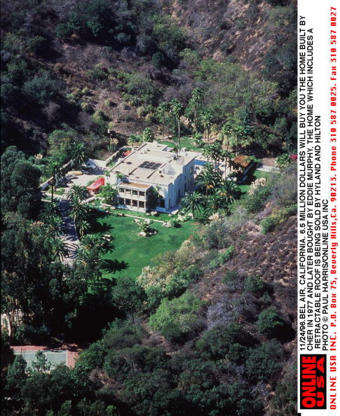 Eddie House「11/24/96.Bel Air, California. 6.5 million dollars will buy you the house that Cher built in 1977. Th」:写真・画像(17)[壁紙.com]