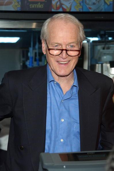 Salad「Actor Paul Newman Appears At McDonalds Salad Launch」:写真・画像(12)[壁紙.com]