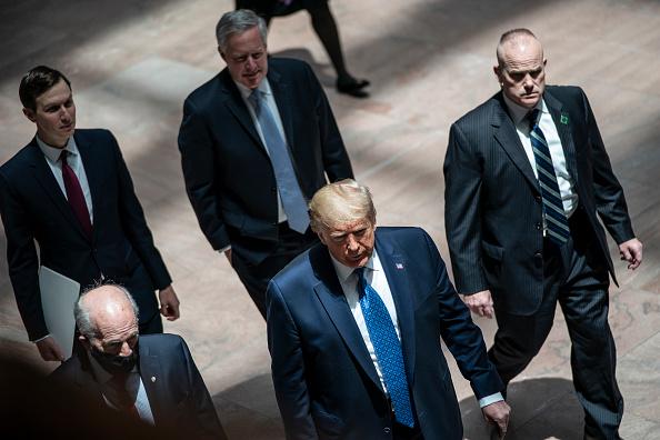 Advice「President Trump Joins GOP Senators At Policy Luncheon On Capitol Hill」:写真・画像(10)[壁紙.com]