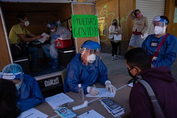 Mexico「Neighborhoods of Mexico City on Red Alert For Coronavirus」:写真・画像(2)[壁紙.com]
