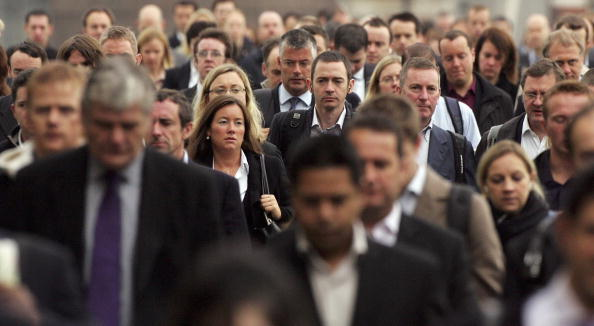 Working「Commuters Flock To Work In The City Of London」:写真・画像(15)[壁紙.com]