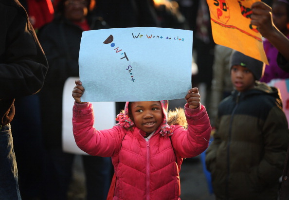 Washington Park「Chicago Residents Hold Peace Vigil In Response To Continued Violent Crime」:写真・画像(4)[壁紙.com]