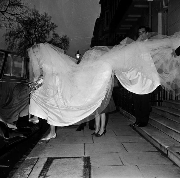 Bride「Bridal Train」:写真・画像(6)[壁紙.com]