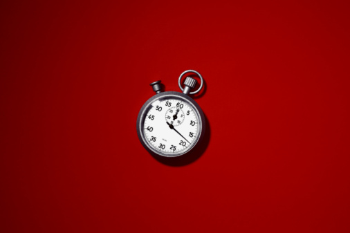 Colored Background「stopwatch on red background」:スマホ壁紙(10)