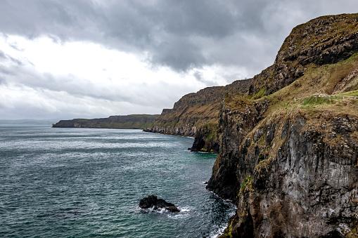 Northern Ireland「carrick a rede atlantic coastline , northern ireland」:スマホ壁紙(17)