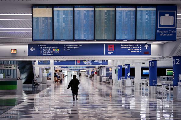 Airport「Airports Across Country See Dramatic Slowdown Over Coronavirus Impacts On Travel」:写真・画像(8)[壁紙.com]