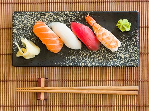 Japanese Food「Sushi Plate」:スマホ壁紙(17)