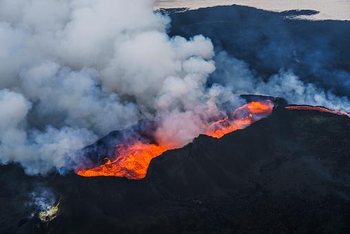 Volcano「Eruption, Holuhraun, Bardarbunga Volcano, Iceland.」:スマホ壁紙(1)
