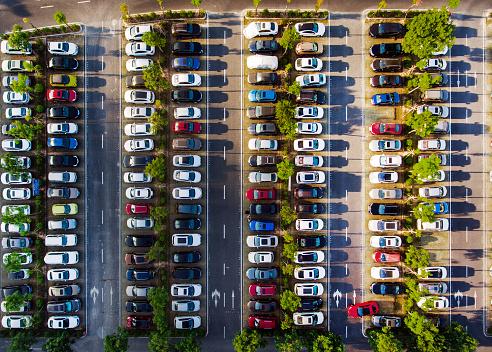 Cityscape「Car parking」:スマホ壁紙(1)