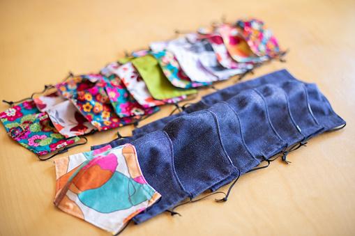 Sewing Pattern「Home made masks」:スマホ壁紙(18)