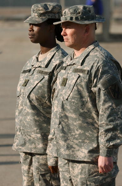 Daniel Gi「New Army Combat Uniform Debuts At Fort Stewart」:写真・画像(4)[壁紙.com]