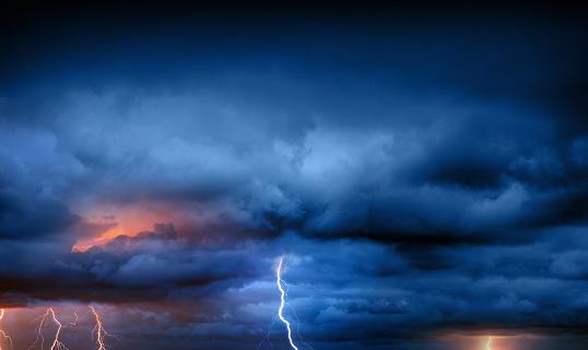 Hurricane - Storm「Lightning during summer storm」:スマホ壁紙(15)