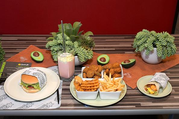 Tortilla Dish「Carl's Jr. Ultimate Avocado Brunch In Santa Monica」:写真・画像(19)[壁紙.com]