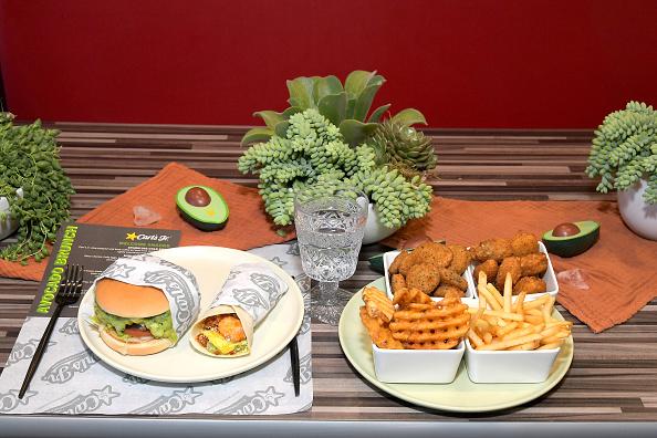 Tortilla Dish「Carl's Jr. Ultimate Avocado Brunch In Santa Monica」:写真・画像(17)[壁紙.com]