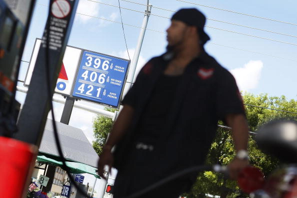 Hurricane Ike「Average Gas Prices Rise 17 Cents In Wake Of Hurricane Ike」:写真・画像(11)[壁紙.com]