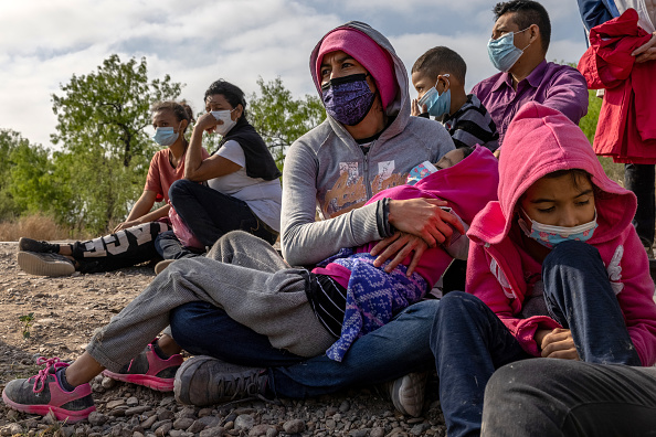 Mexico「Migrants Cross Into Texas From Mexico」:写真・画像(15)[壁紙.com]
