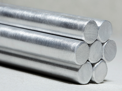 Pole「Aluminum cylinders stacked up, close-up」:スマホ壁紙(13)