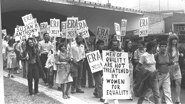 The Past「Crowd Marching For ERA Rally」:写真・画像(3)[壁紙.com]