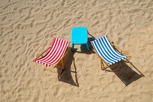 Deck Chair「Colorful Deck Chairs on a Beach, Les Sables dOlonne, France」:スマホ壁紙(6)