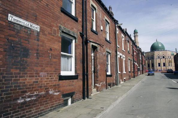 Burley - England「Police Focus On Suspected Suicide Attackers In Leeds Area」:写真・画像(13)[壁紙.com]