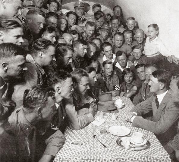 1920-1929「The Supreme SA Leader Adolf Hitler With His Comrades' 1938」:写真・画像(11)[壁紙.com]