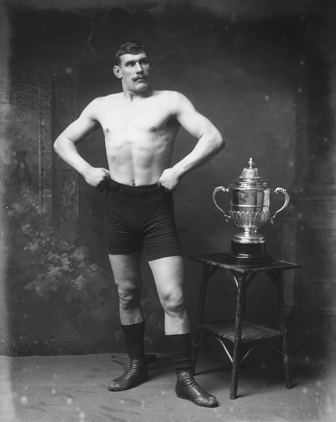 Edwardian Style「Champion Wrestler」:写真・画像(18)[壁紙.com]