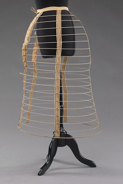Skirt「Cage Crinoline」:写真・画像(13)[壁紙.com]
