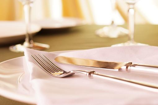 Fine Dining「Elegant dinner table setting」:スマホ壁紙(3)