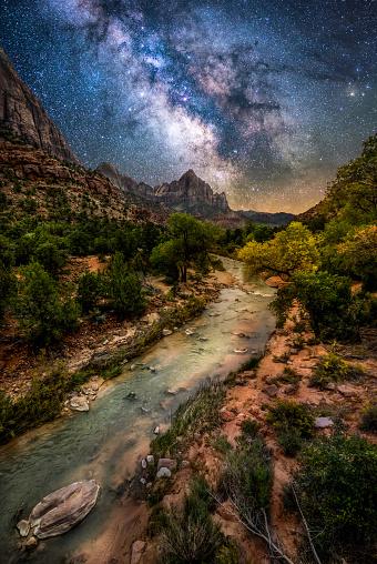 Utah「Zion National Park at night」:スマホ壁紙(10)