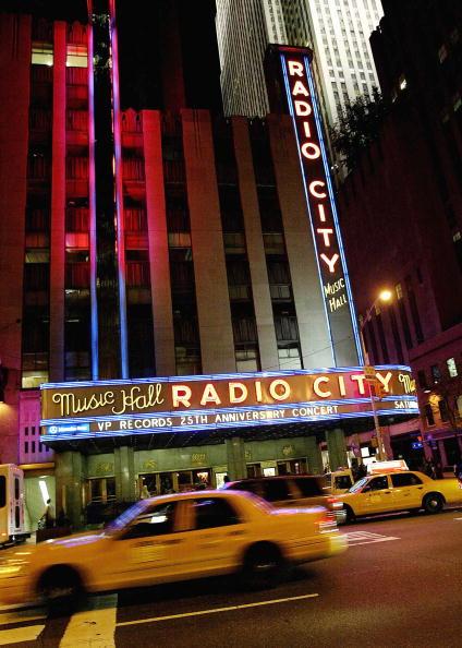 Radio City Music Hall「25th Anniversary Of VP Records Celebrates At Radio City Music Hall」:写真・画像(17)[壁紙.com]