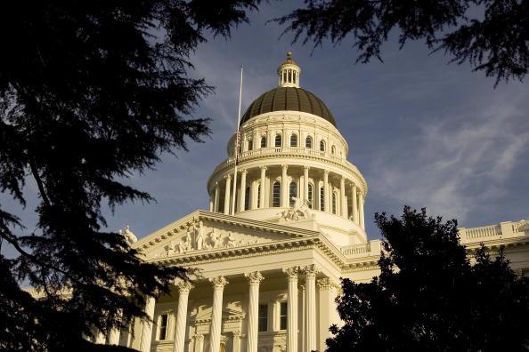 California「Gov. Schwarzenegger Delivers State Of The State Address」:写真・画像(8)[壁紙.com]